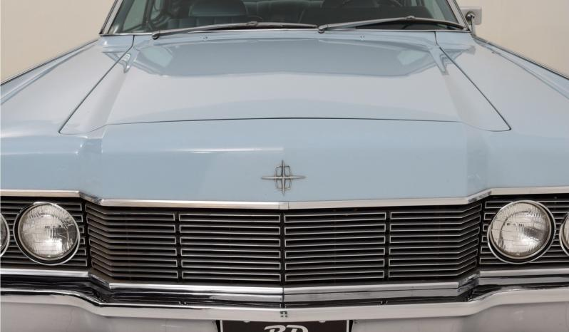 Lincoln Continental voll