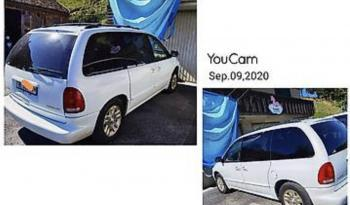 Dodge Caravan voll