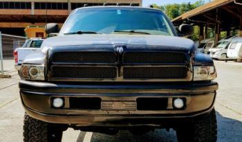 Dodge Pick-Up voll