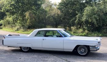 Cadillac Coupe Deville voll