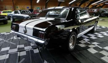 Ford Mustang V8 GT-Look voll