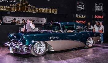 Buick Special 2 door / 2 tone voll