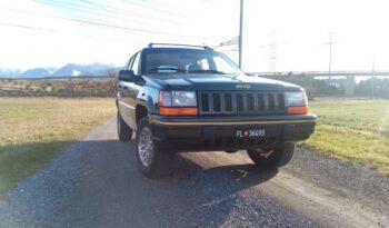Jeep Grand Cherokee voll