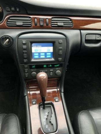 Cadillac Seville STS voll
