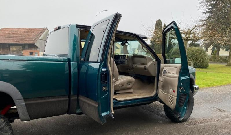 Chevrolet Silverado voll