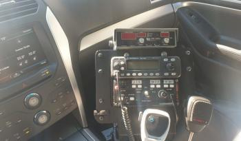 Ford Explorer voll
